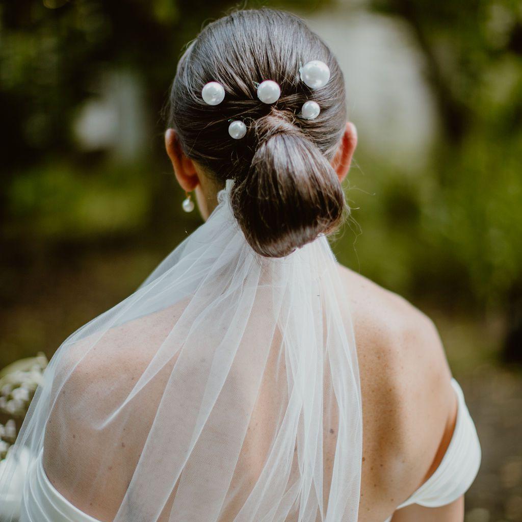 Meaghan hair accessory detail