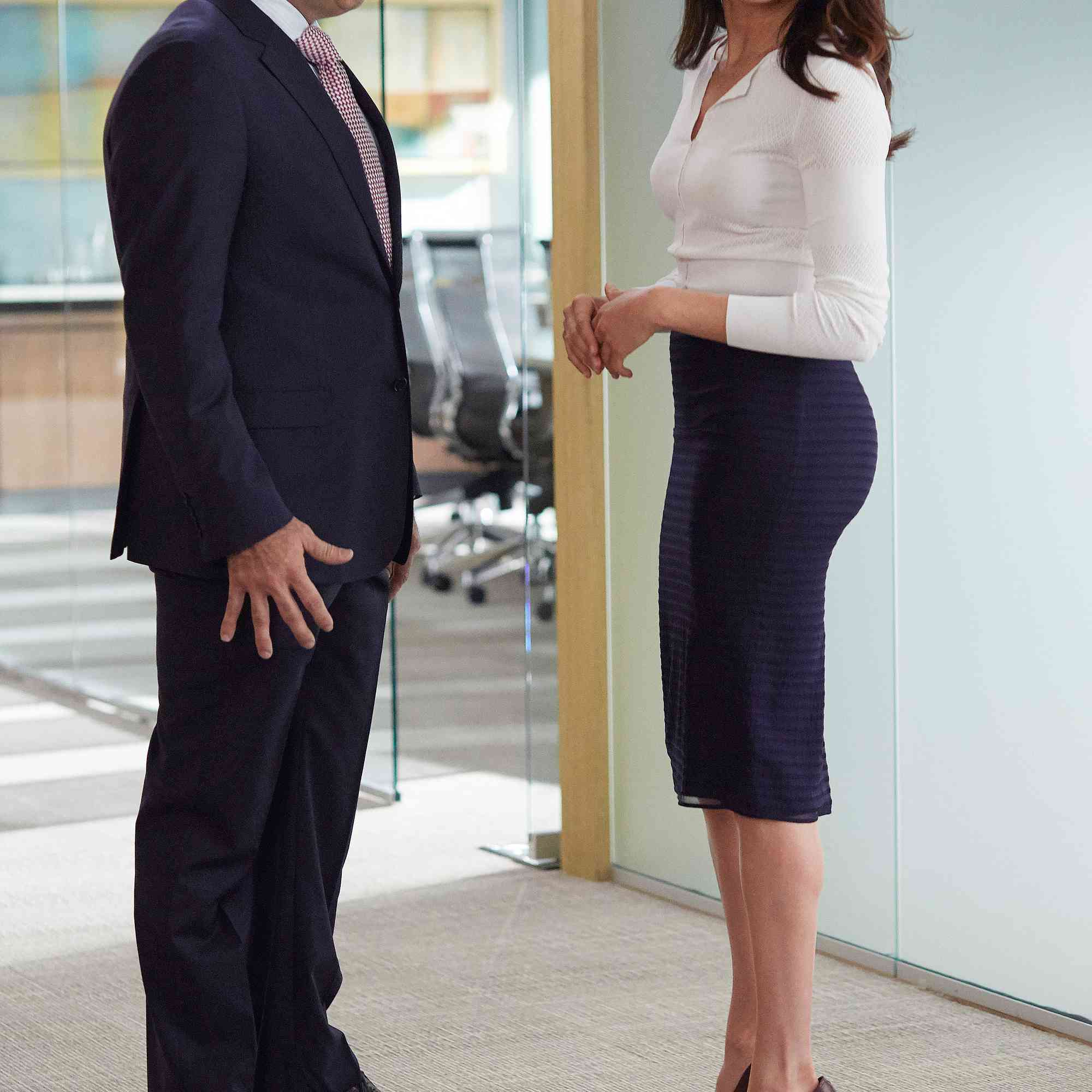 meghan markle s best fashion moments on suits fashion moments on suits