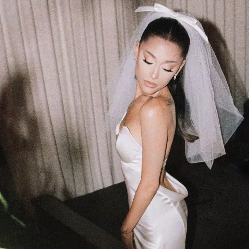 ariana grande wedding dresss