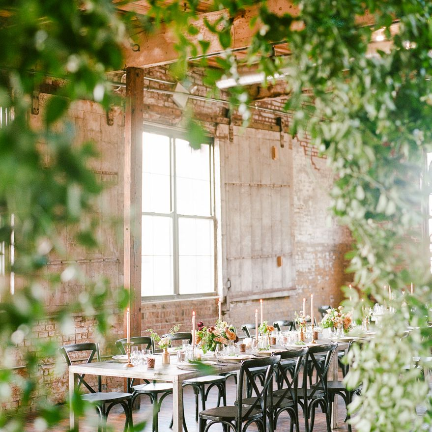 <p>Reception dinner table</p><br><br>