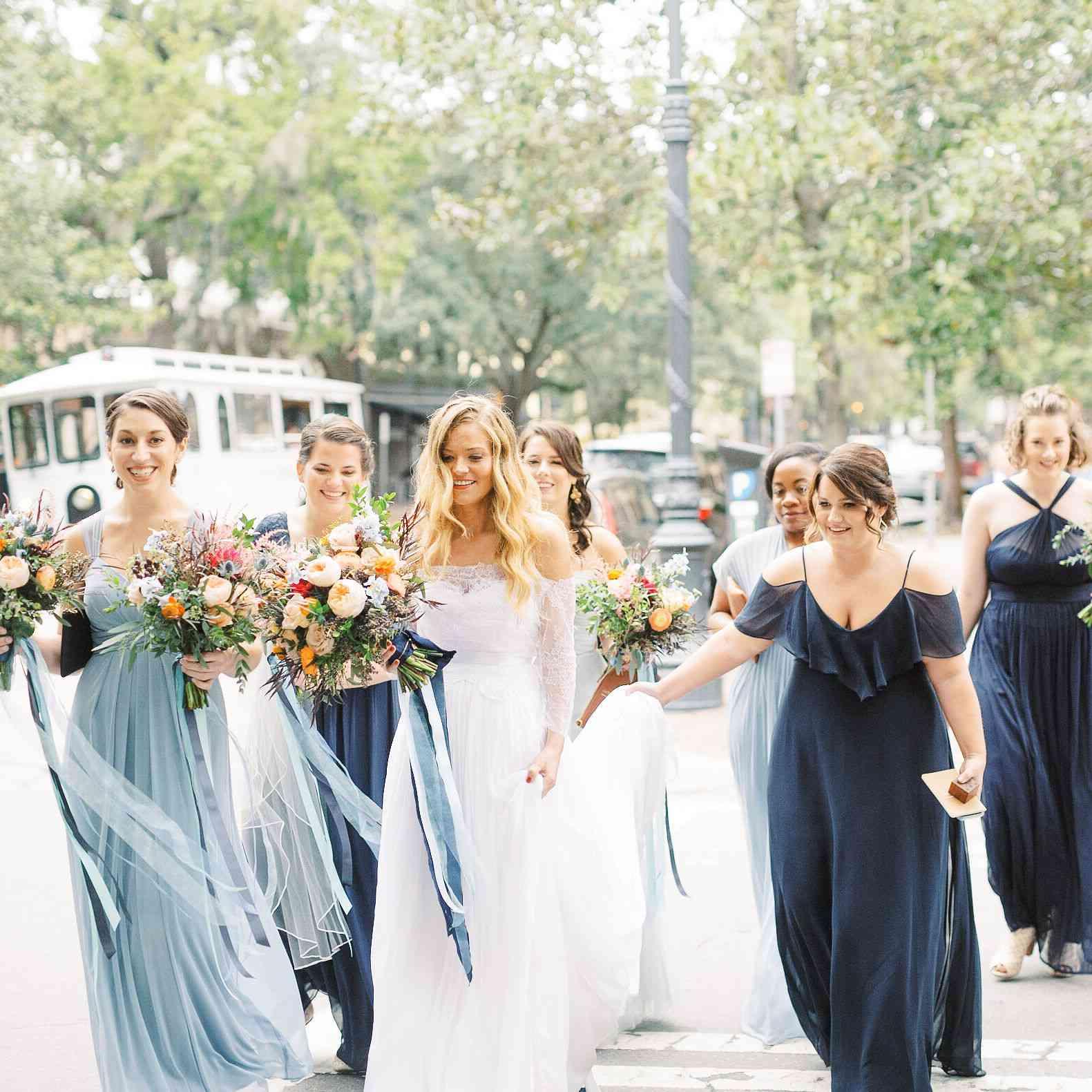 whimsical savannah wedding, bride with bridal party