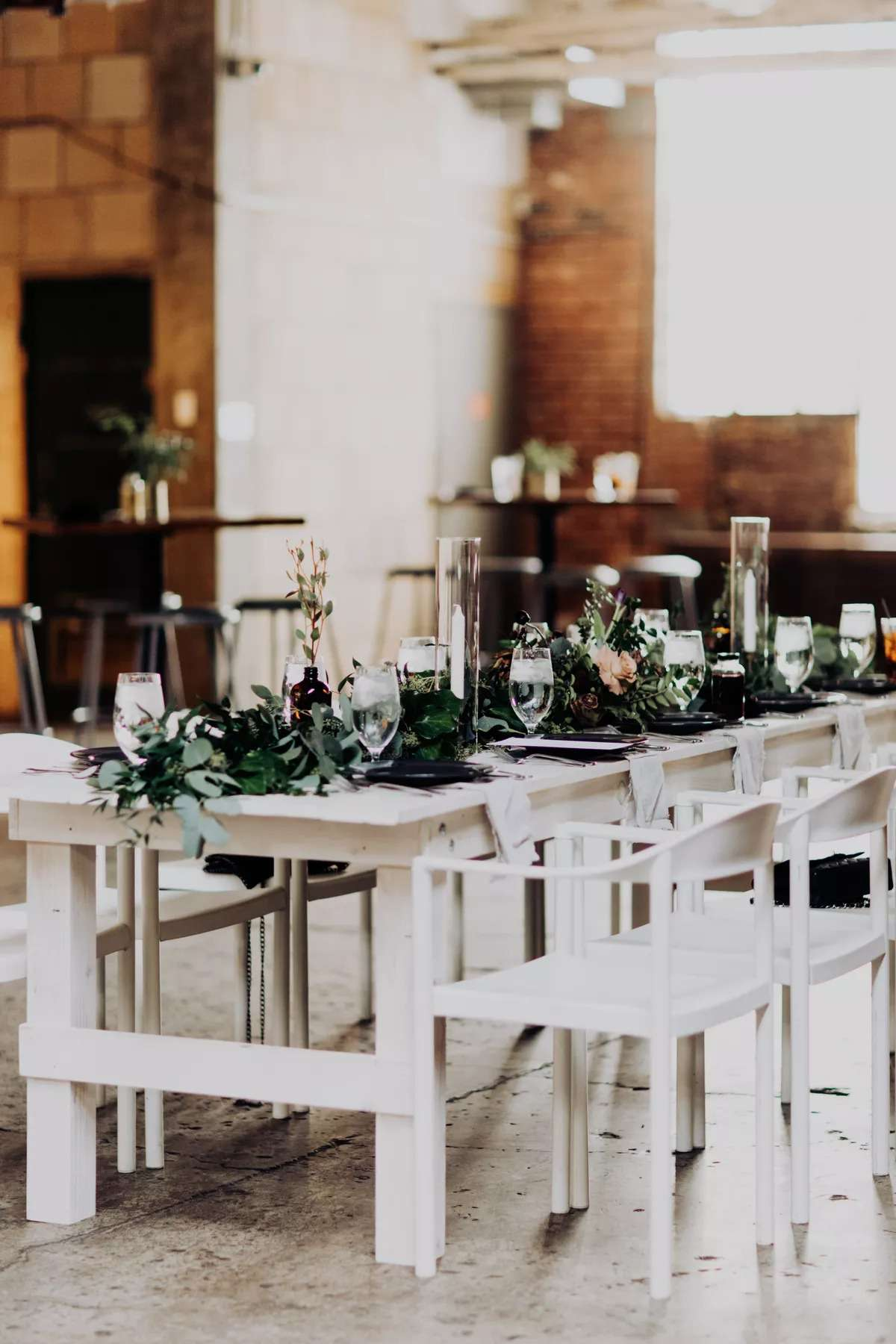 Seated brunch featuring whitewashed tables