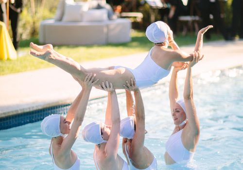 <p>Synchronized swimmers</p>