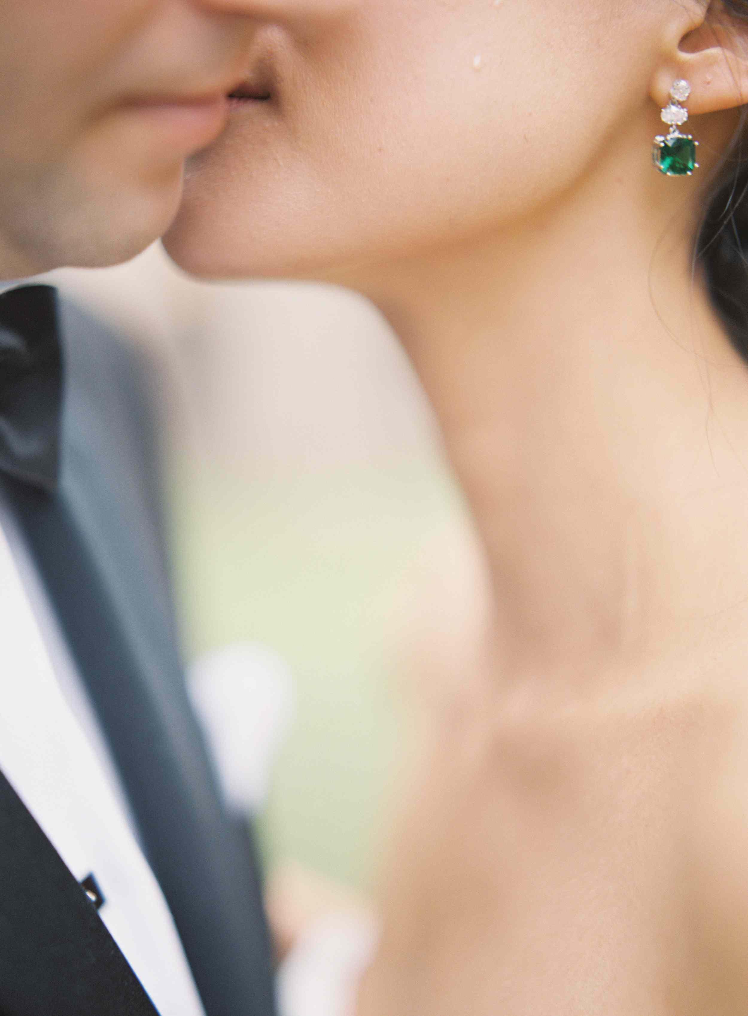 classic la badia italian wedding, bride's emerald earrings