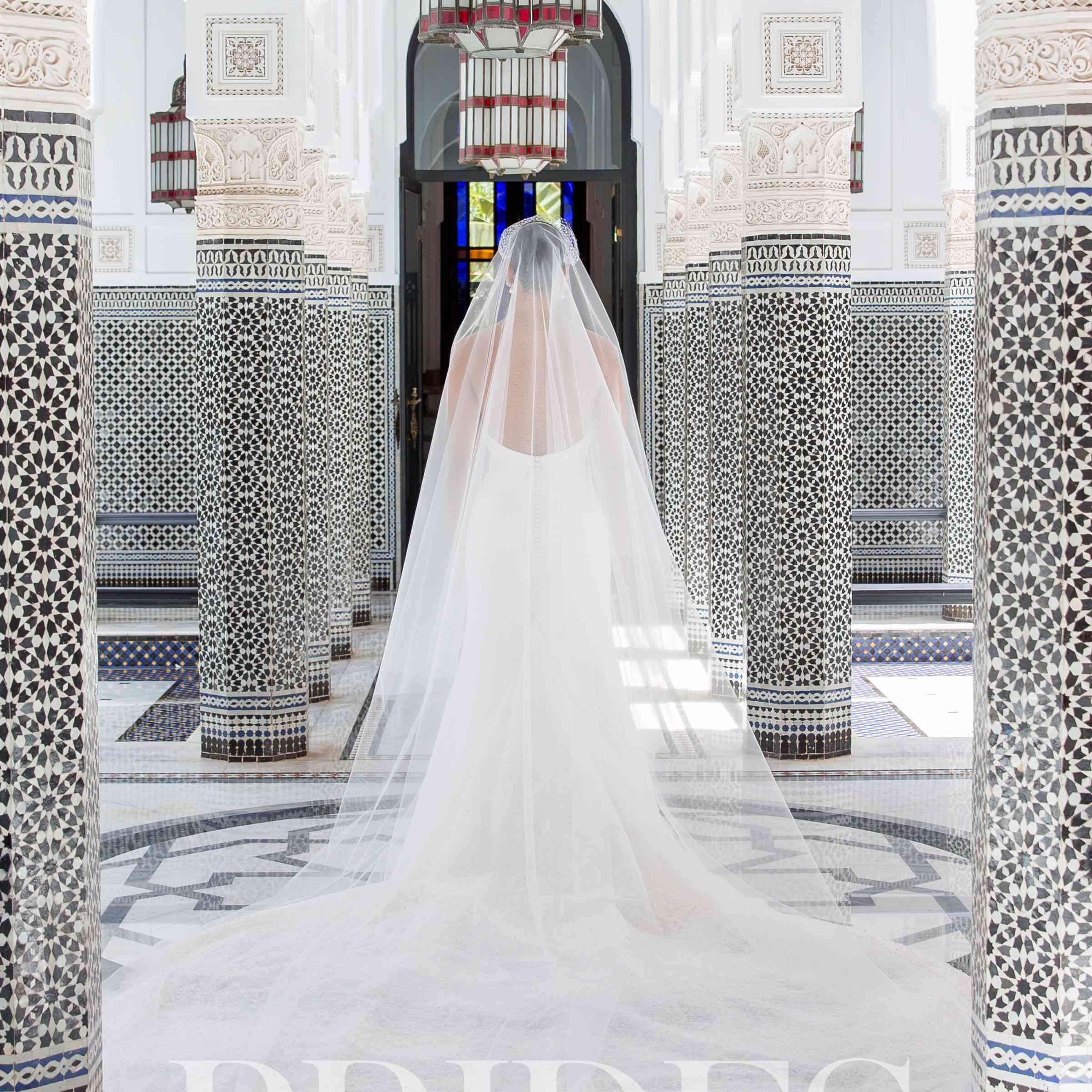 Bride in Vera Wang Veil