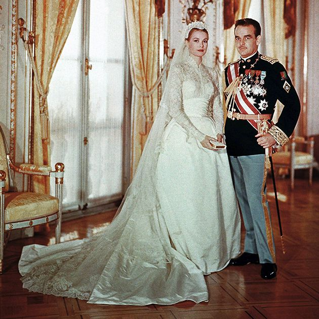 Looking Back On Grace Kelly And Prince Rainier S Wedding Photos