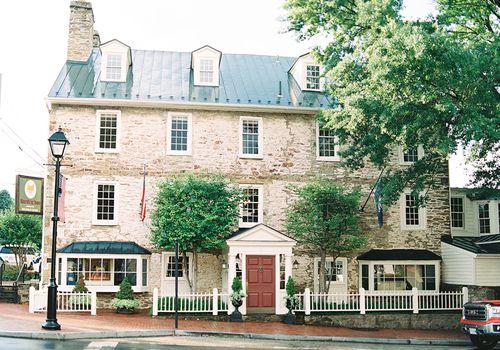 Red Fox Inn & Tavern exterior