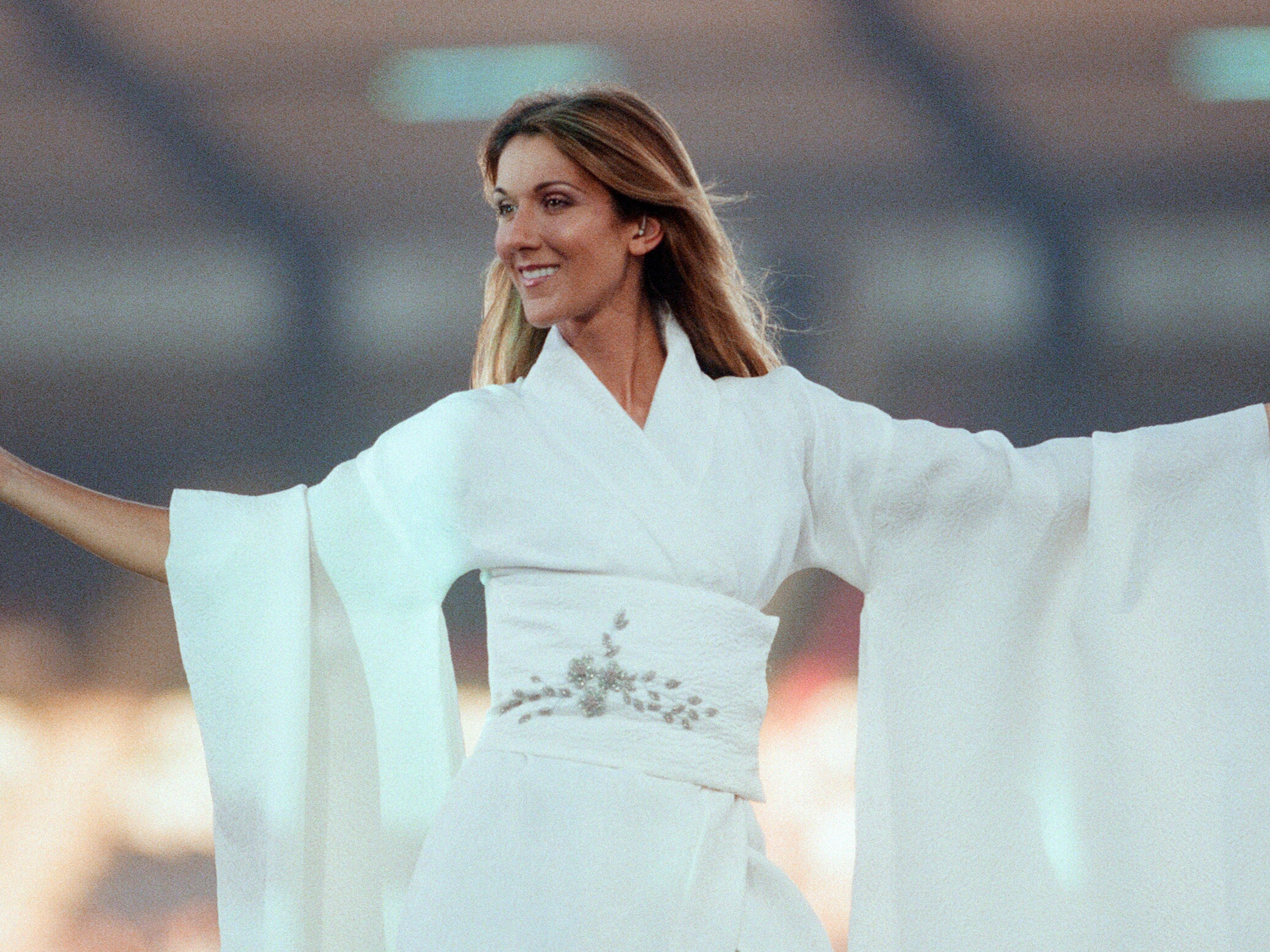 Celine Dion Surprised A Couple At Their Wedding By Showing Up To