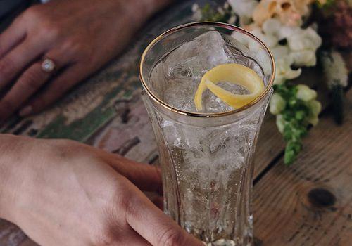 alcohol, signature cocktail, drink, glass, ice, beverage, bar, lemon, citrus