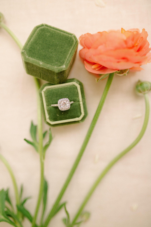 Retro Engagement Wedding Ring Pillow Flower Cushion Bearer Holder