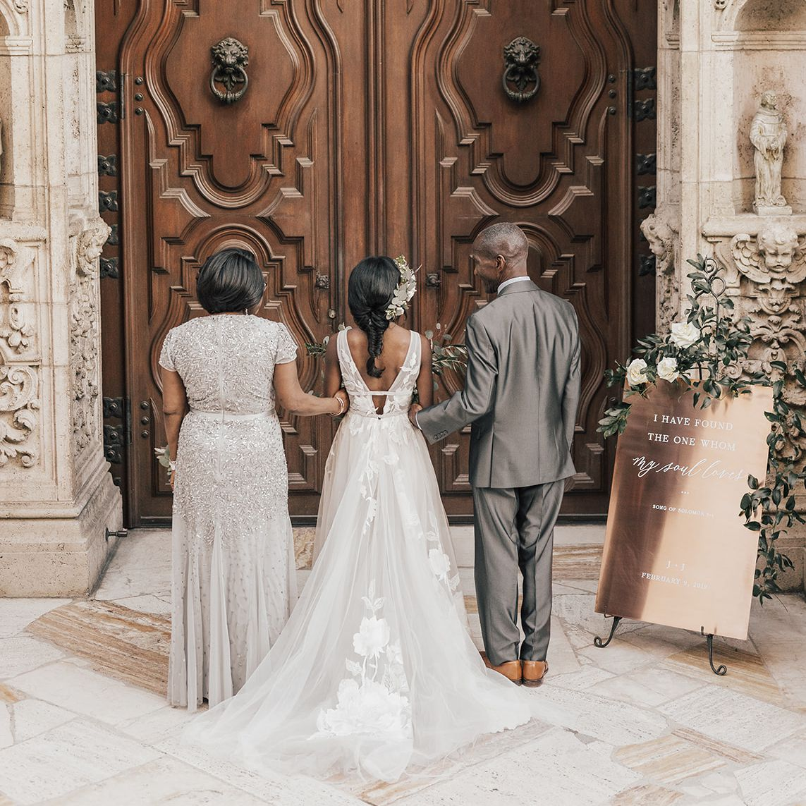 65 Emotional Father Of The Bride Wedding Photos That Ll Have You Reaching For The Tissues