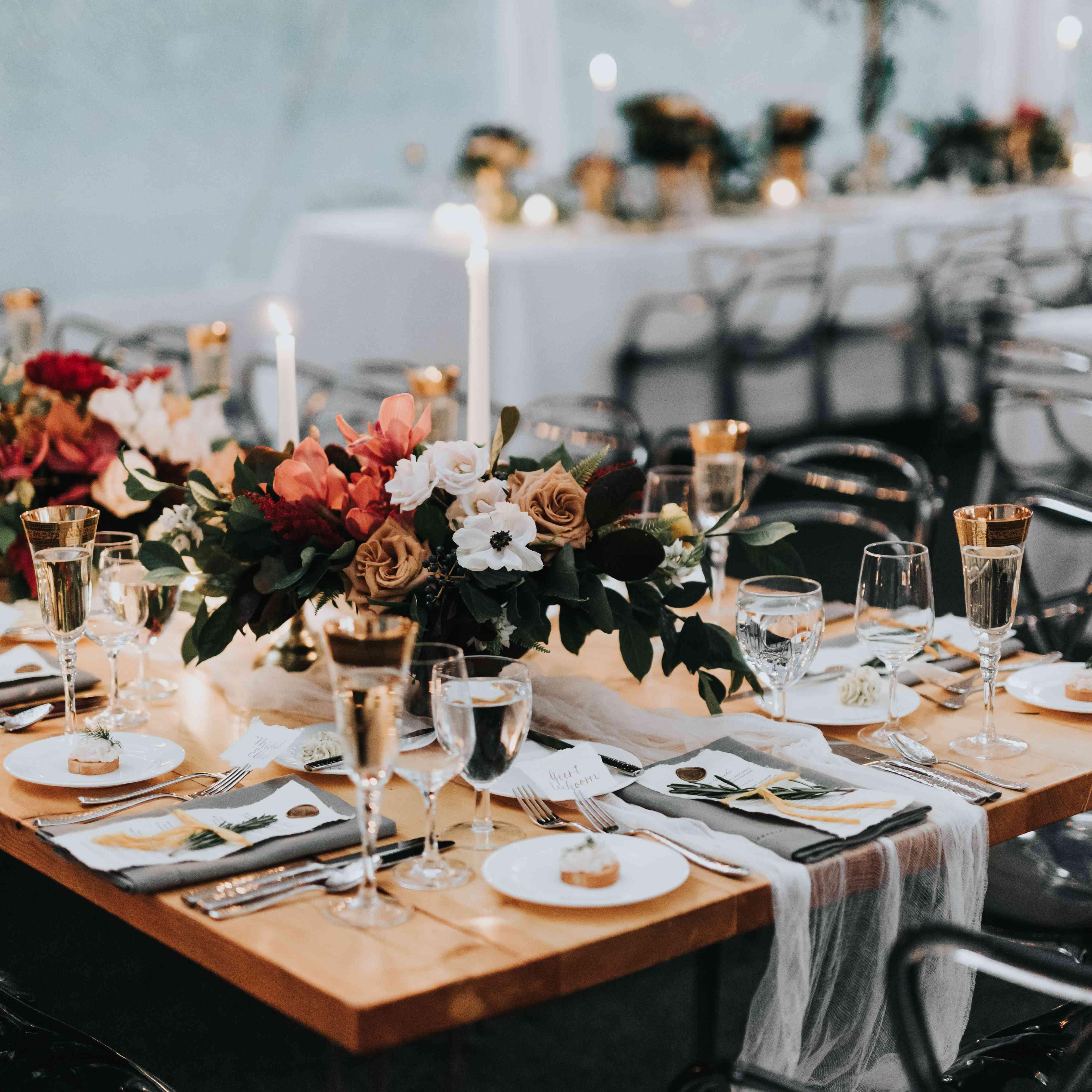 personalized michigan wedding, reception tablescape