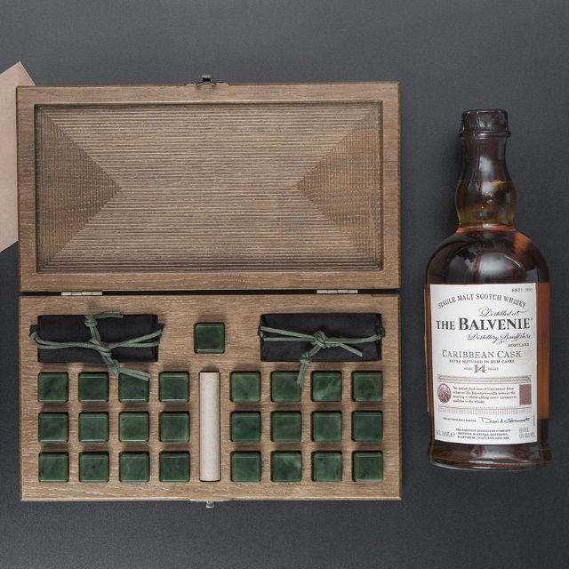 WoodenStudioCo Jade Whiskey Stone Gift Set