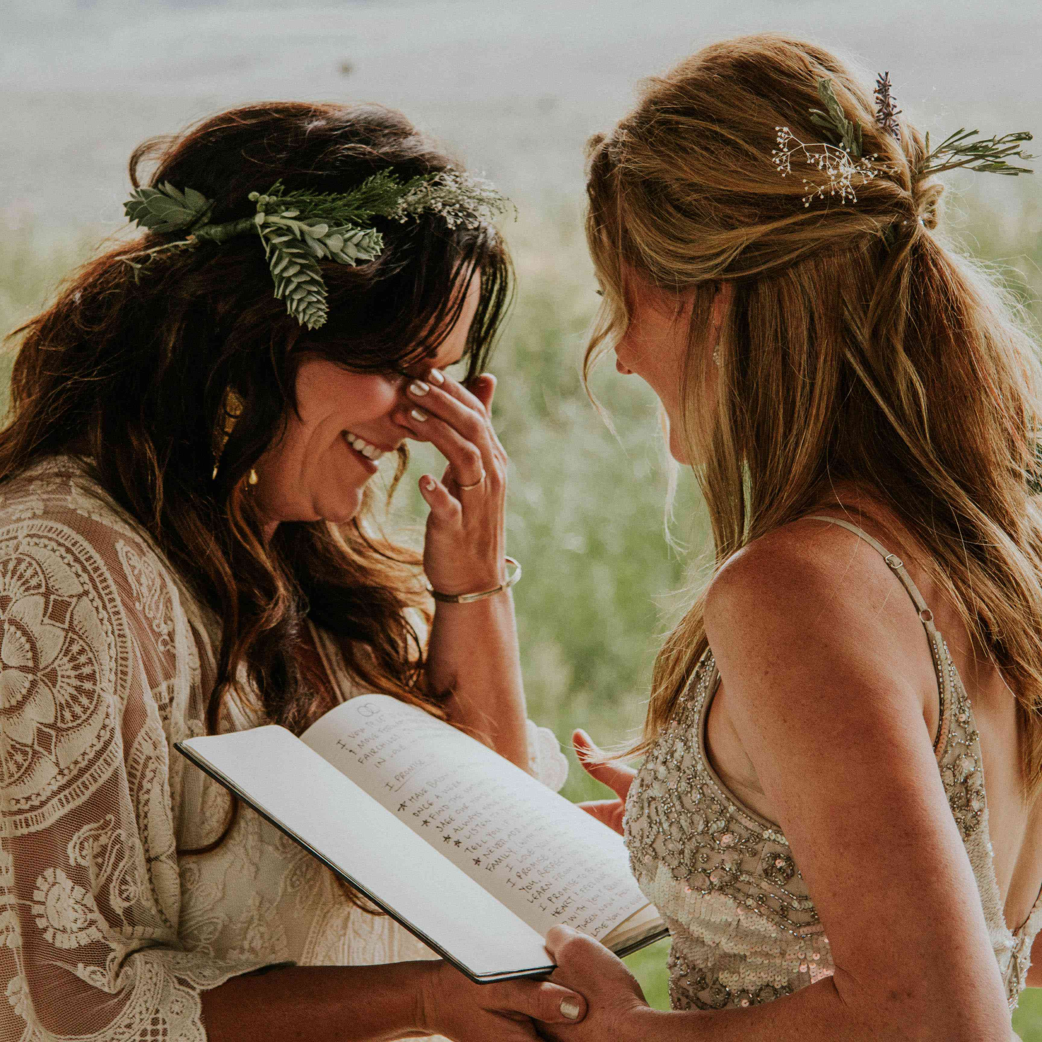 11 Super Sweet Wedding Vow Quotes And Ceremony Readings
