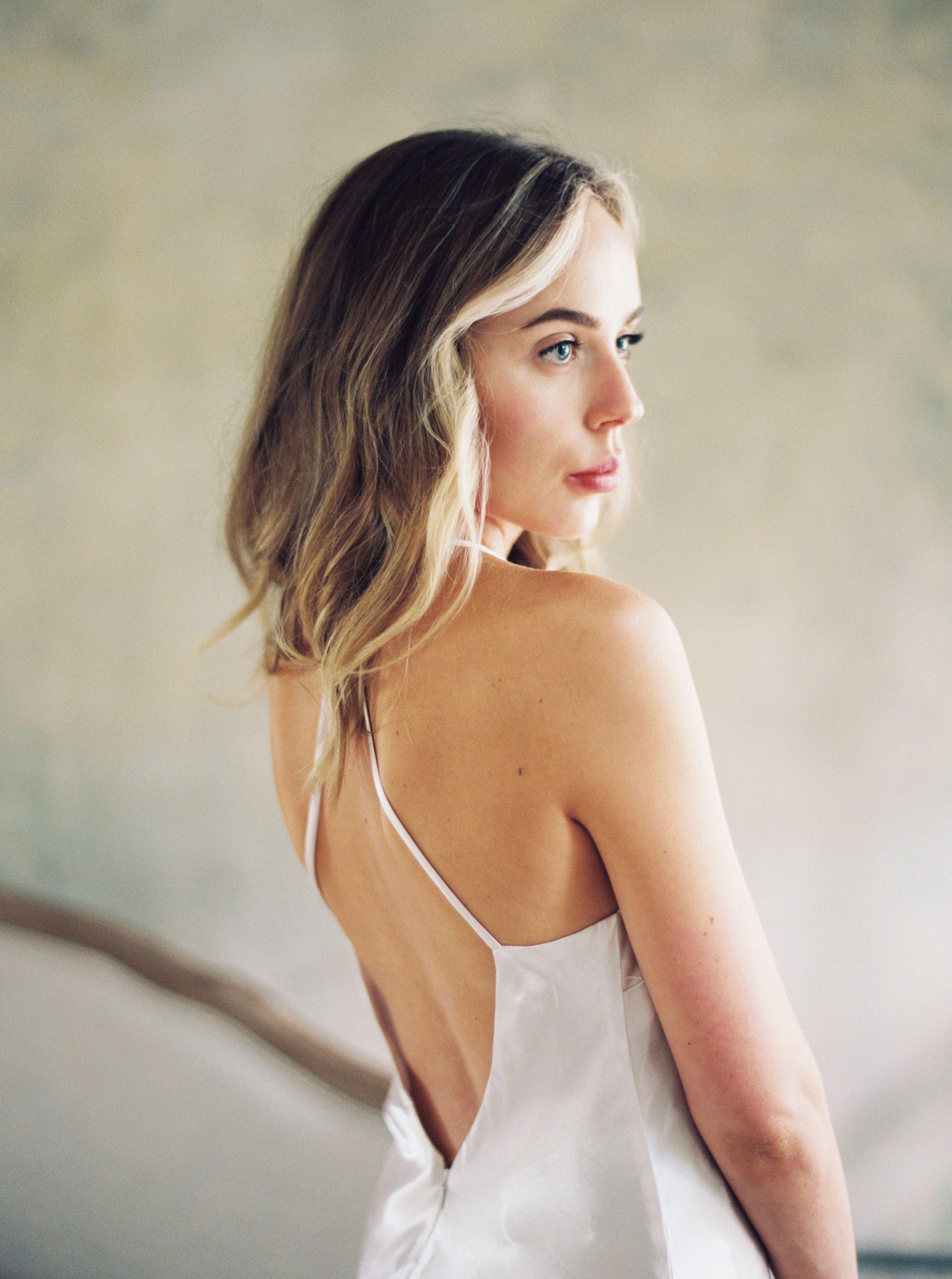 12 Wedding Hairstyles for Medium-Length Hair