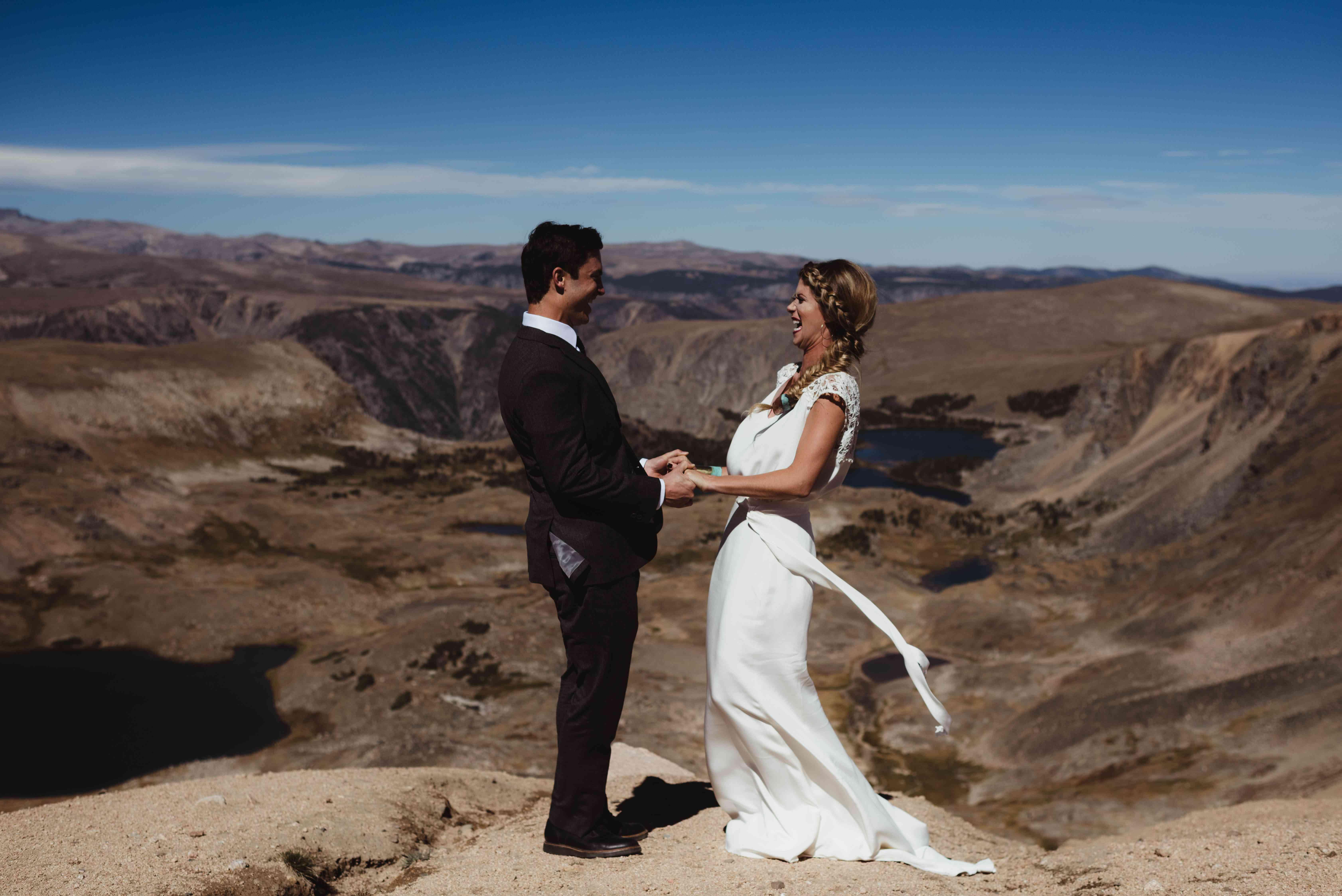 <p>Wedding photo at Beartooth Pass in Montana</p>