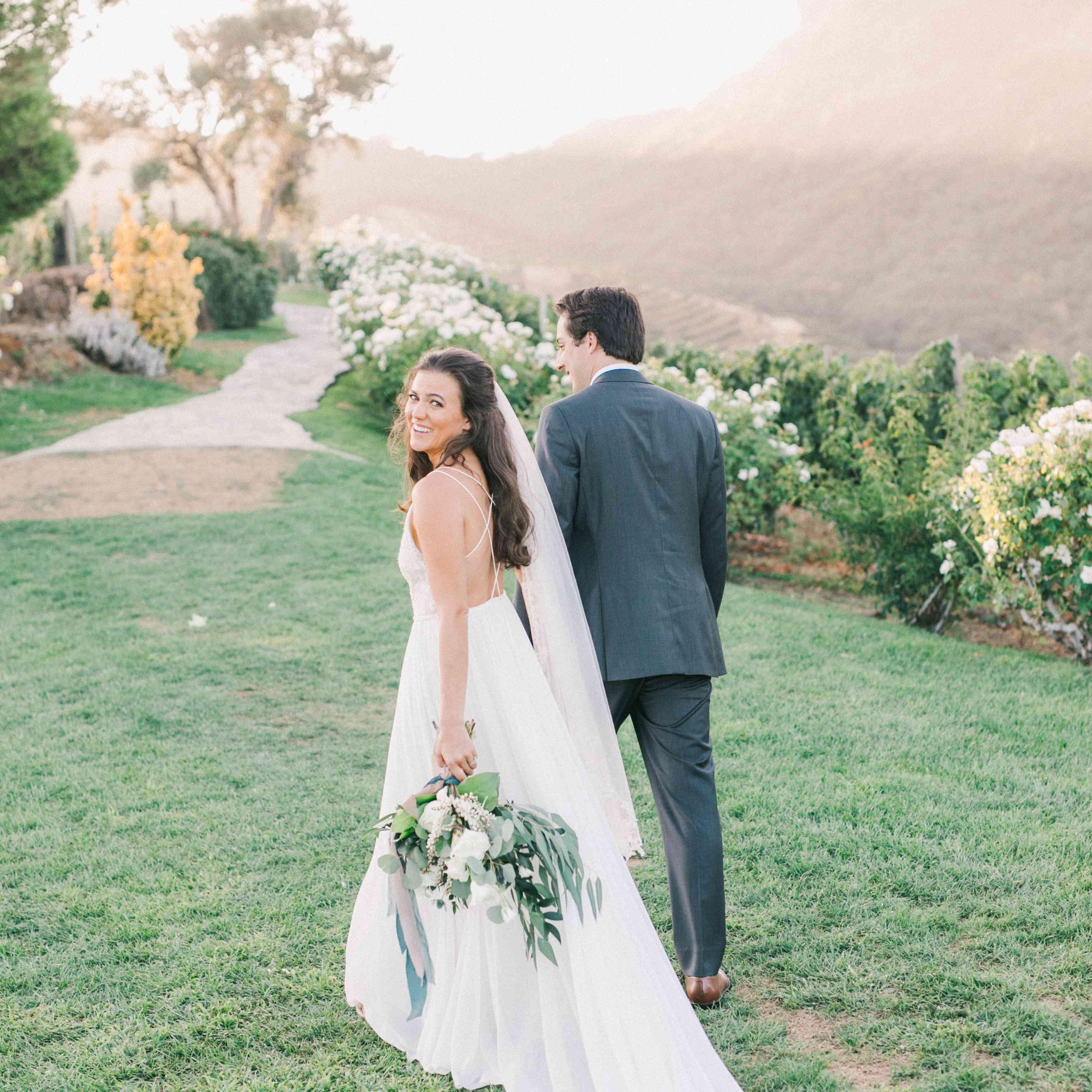 bride dress train