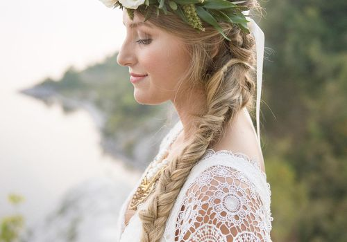 What All Brides To Be Should Know About Clip In Hair Extensions