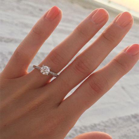 91 Engagement Ring Selfies We Love