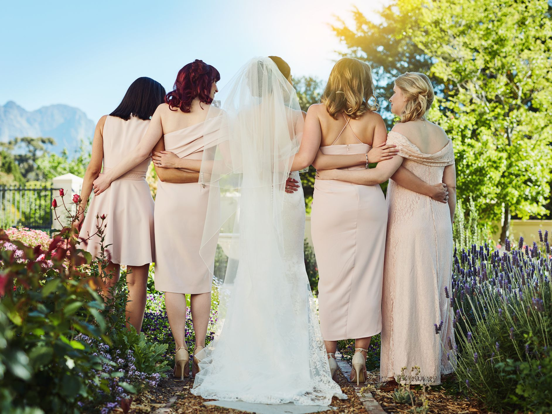 The Best Places To Rent Bridesmaid Dresses