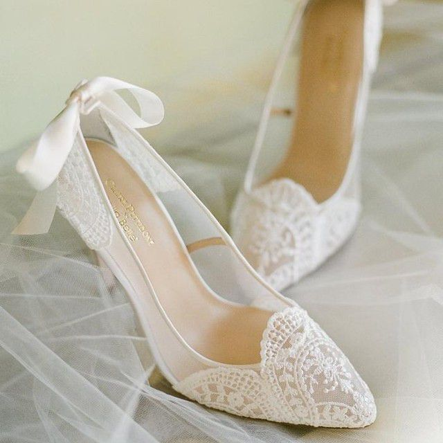 white lace pumps with bow
