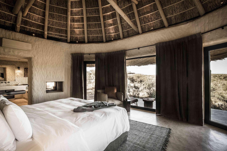 8 Reasons to Honeymoon in Dreamy Namibia