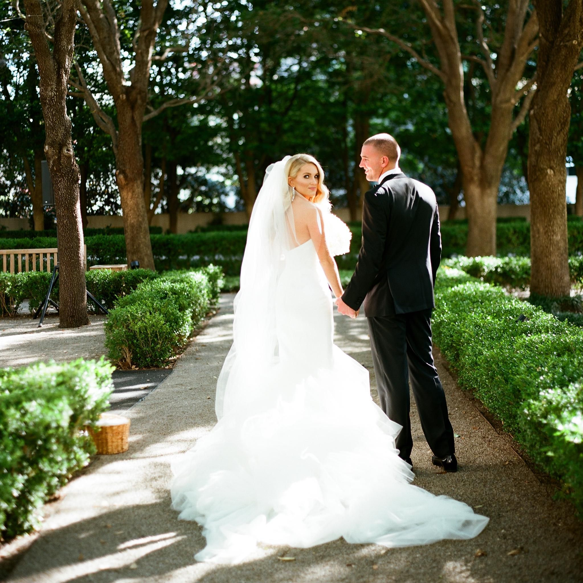 An Event Planner S Glam Wedding In Dallas