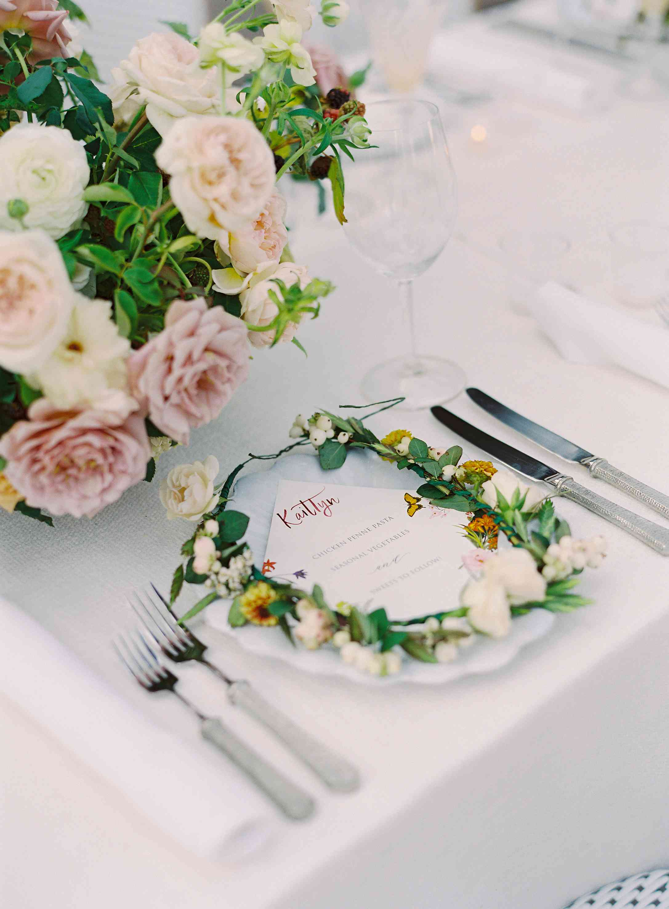 Place setting with floral crown