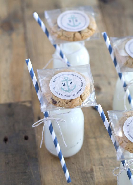 Milk and cookie party favors