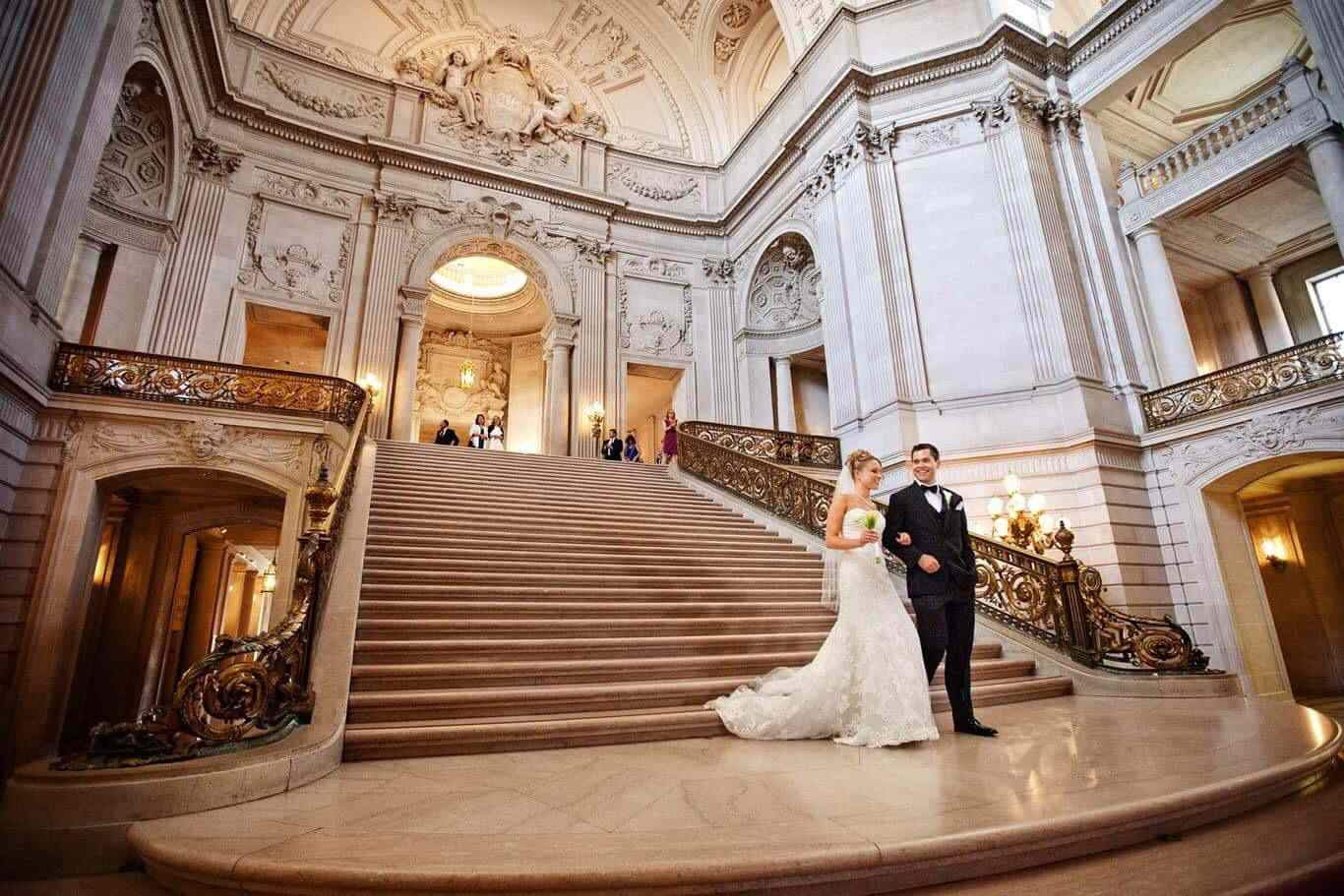 Inspo For An Unforgettable City Hall Ceremony