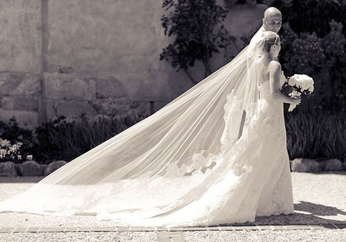 Wedding Veil Etiquette 101 Every Veil Question Asked And Answered
