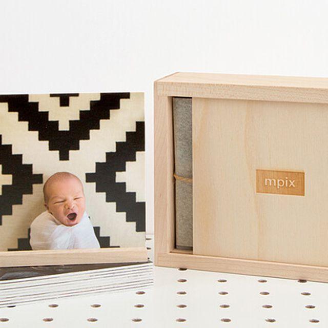 Mpix Thumbrint Photo Box