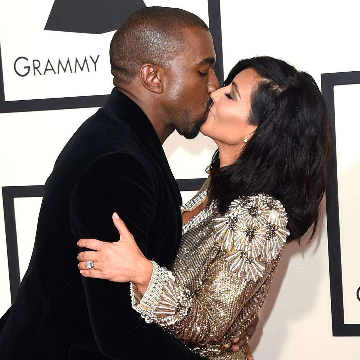 Kim Kardashian And Kanye West S Wedding Ridiculousness