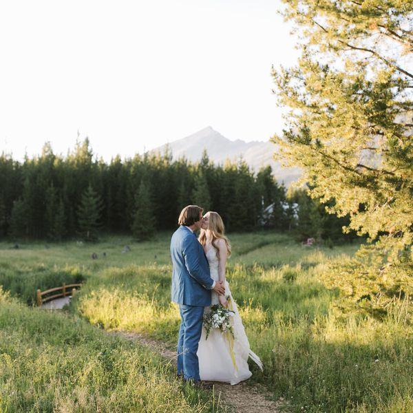 yellowstone wedding, bride and groom