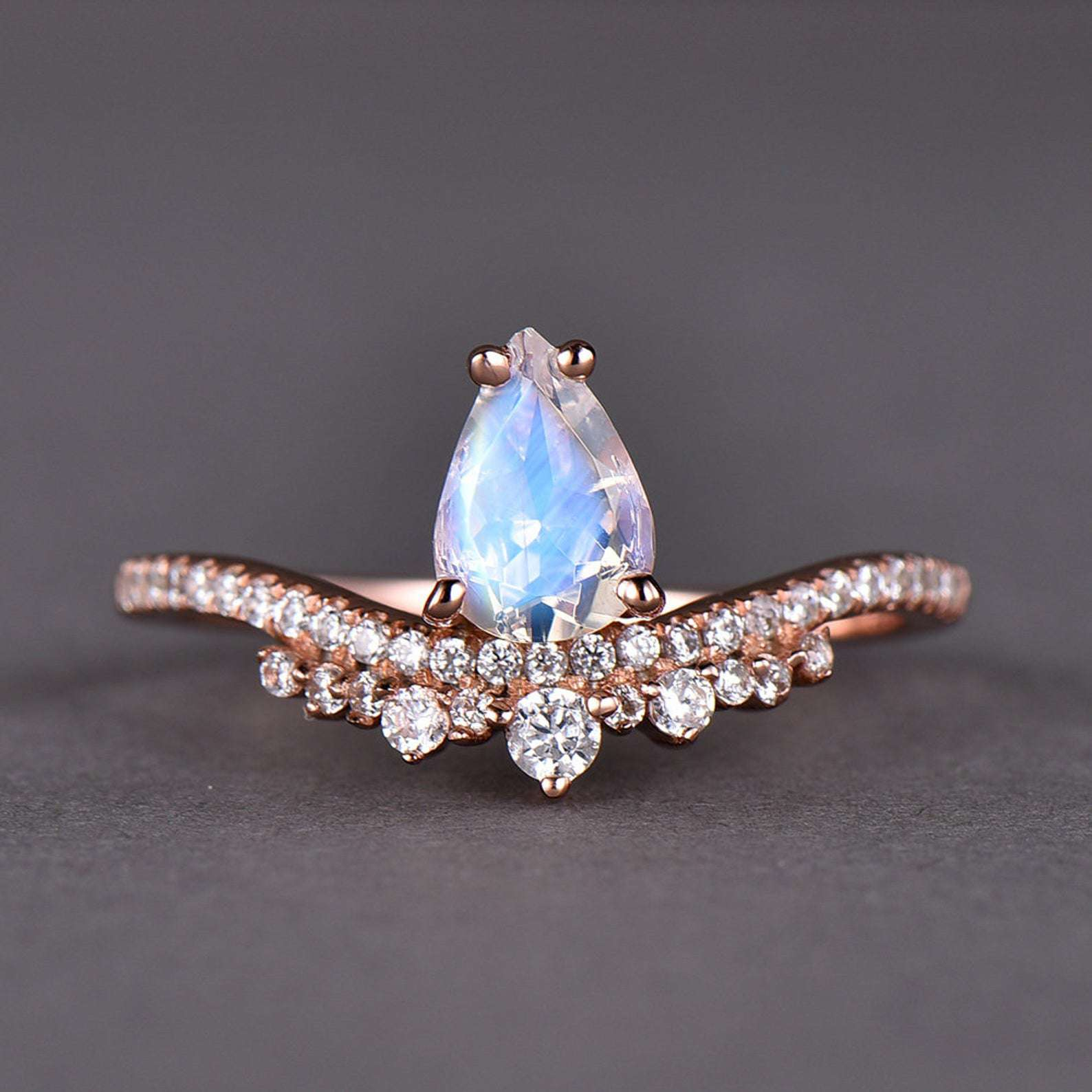 DV Jewels Elegante and Beautiful Ring with Moonstone Gemstone