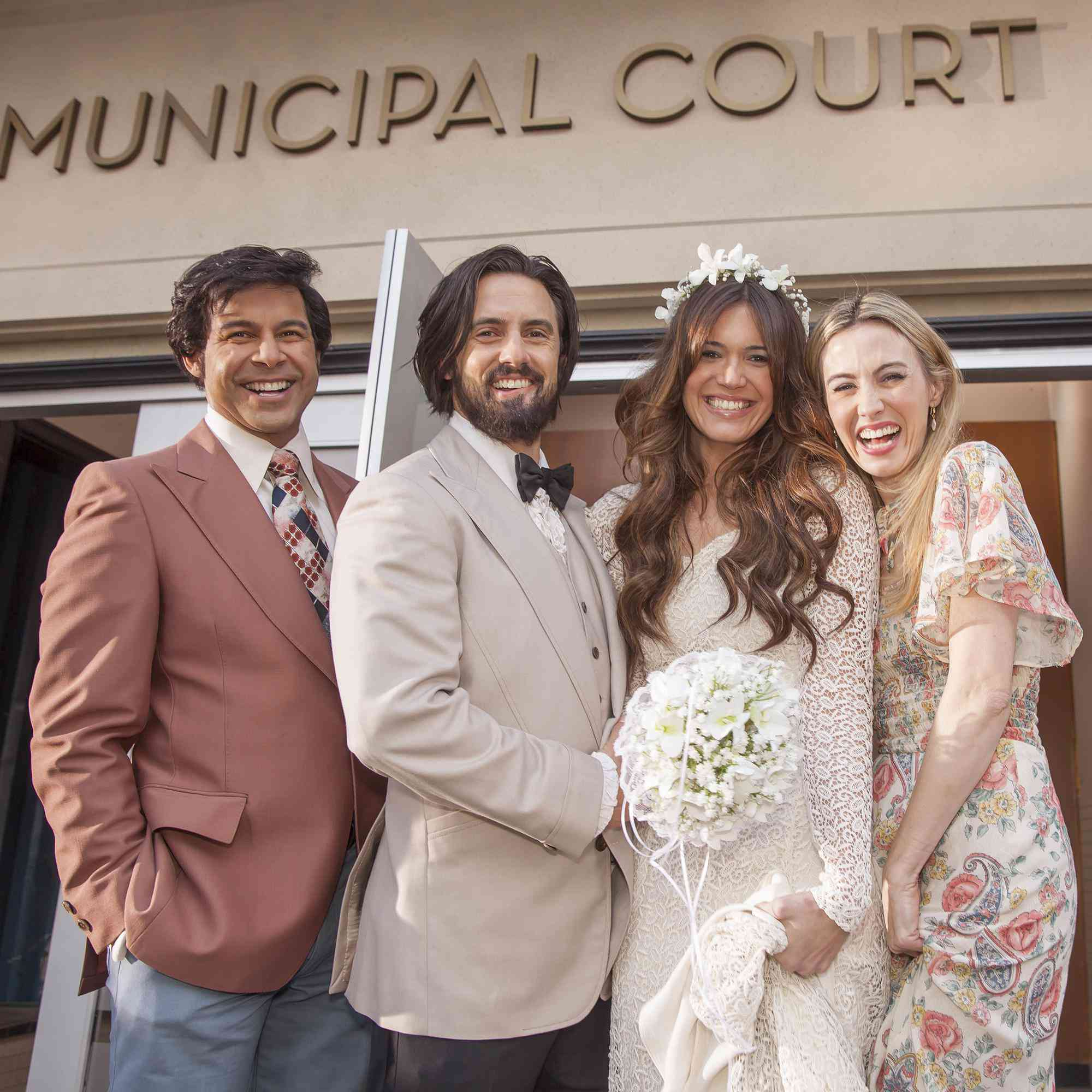 Mandy Moore Wedding.Mandy Moore Says Her This Is Us Wedding Dress Makes Her Want