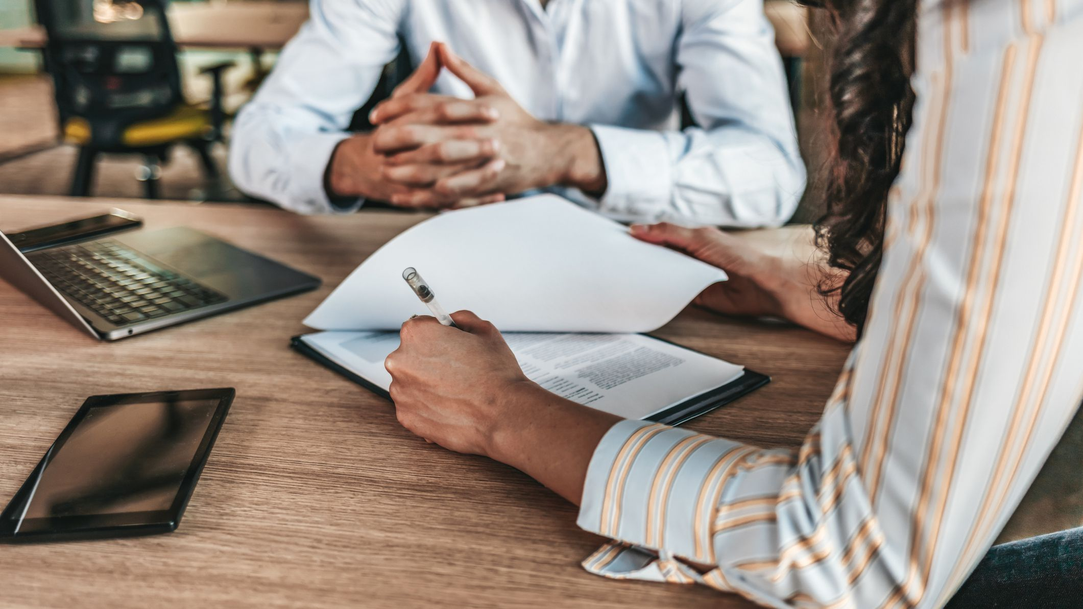 26 Questions to Ask Before Hiring a Divorce Attorney