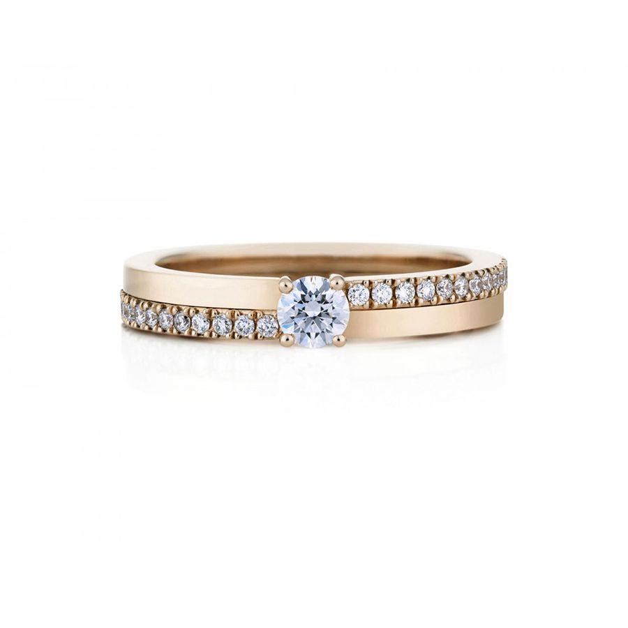 Simple elegant diamond engagement ring