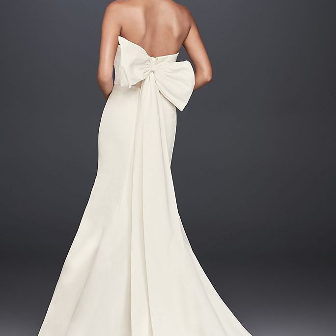 21 Wedding Dresses With Bows