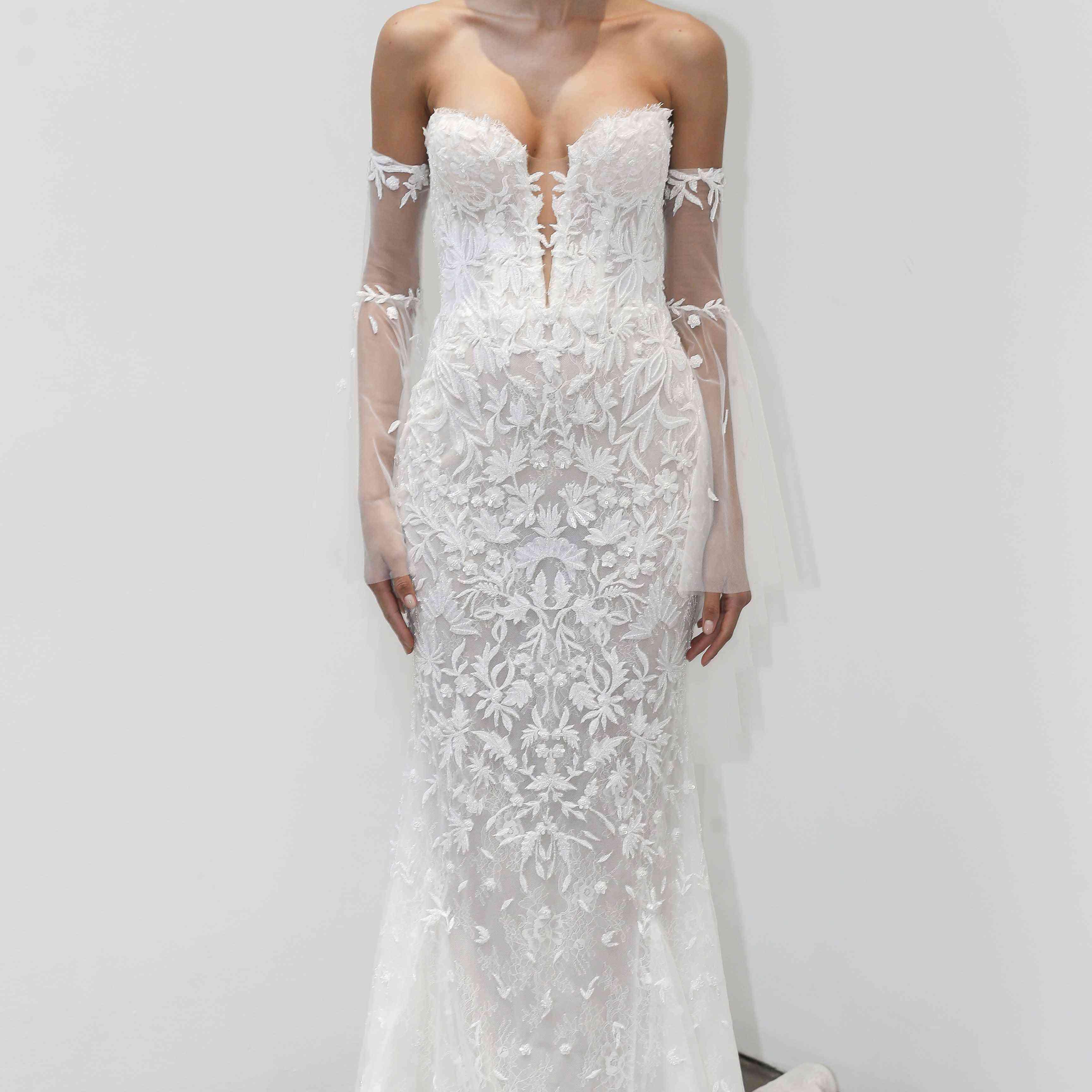 Alexis strapless sweetheart wedding dress