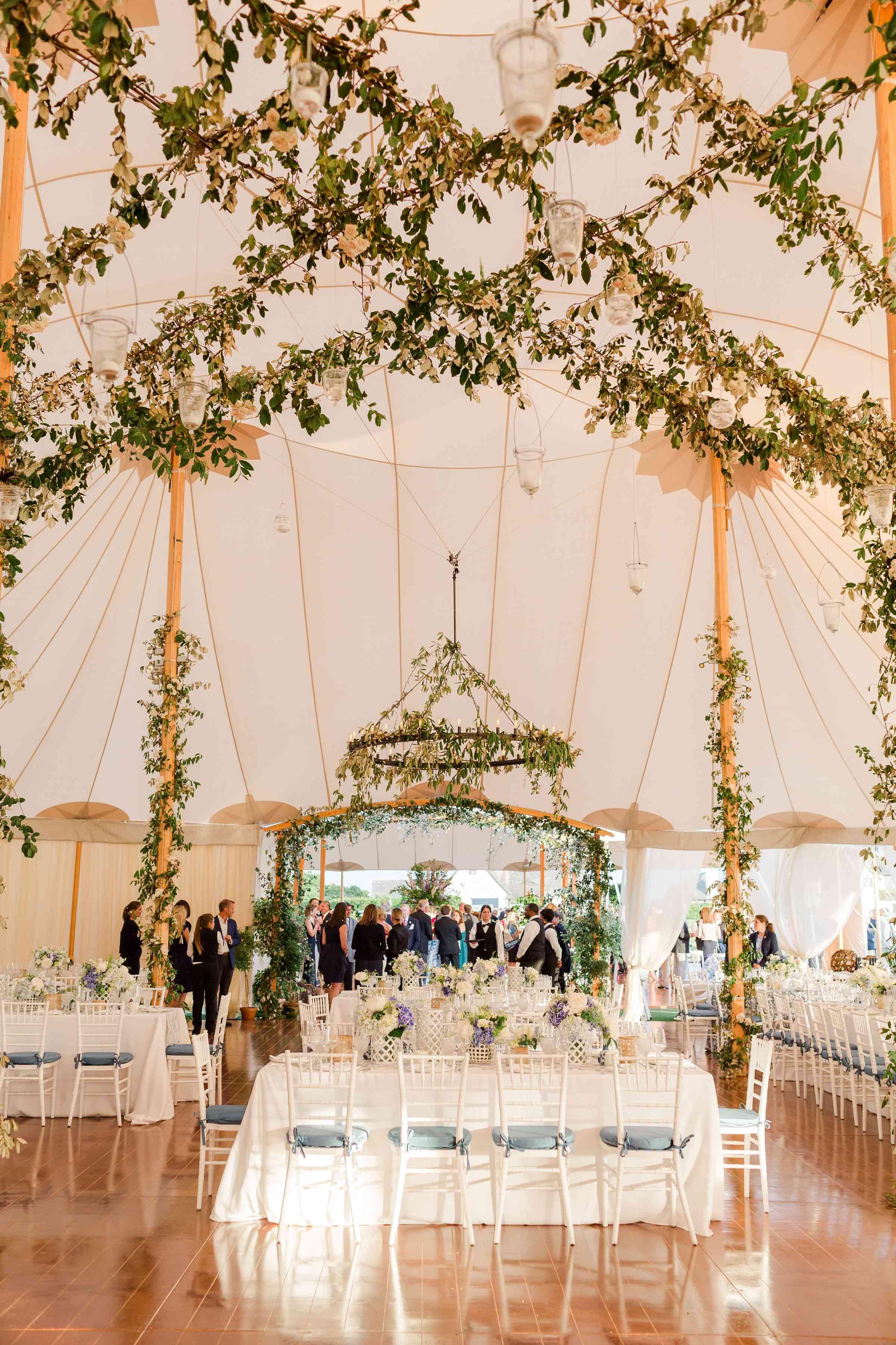 tent greenery decor