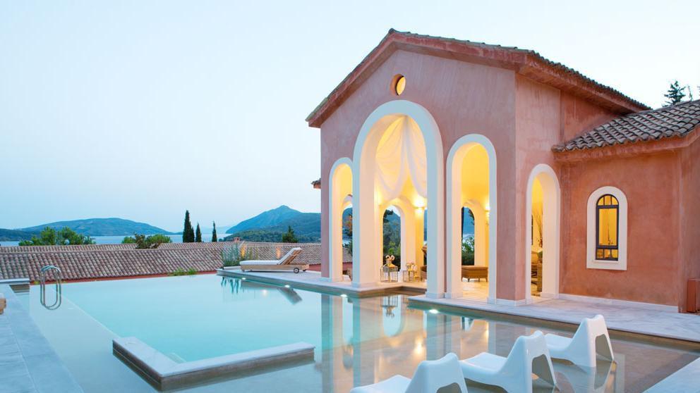 10 Breathtaking European Wedding Venues
