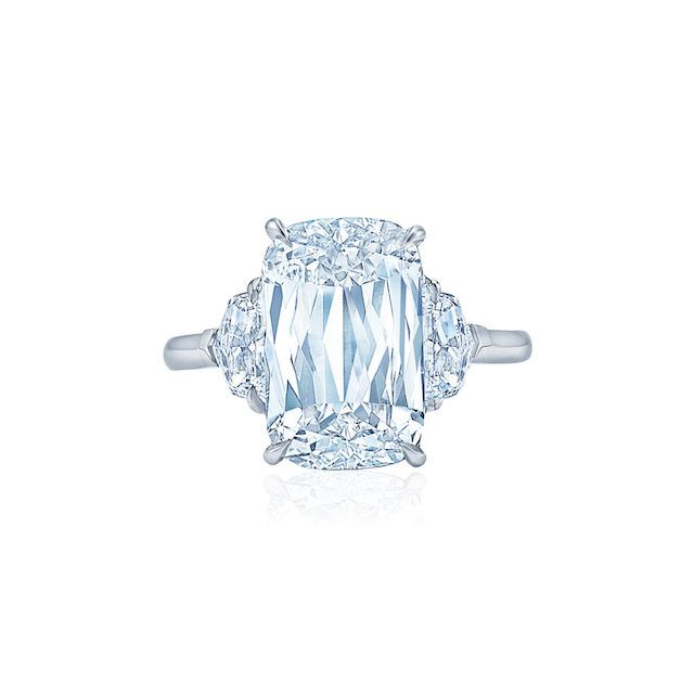 KWIAT Ashoka-cut ring