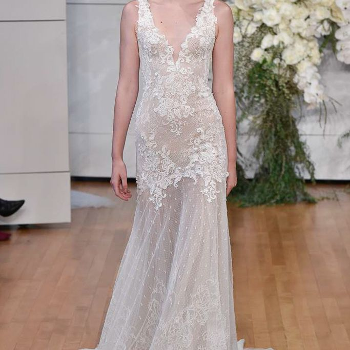100 Wedding Dresses Perfect For Petite Figures