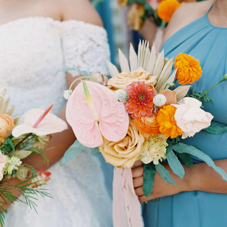 <p>Bridesmaids bouquet</p><br><br>