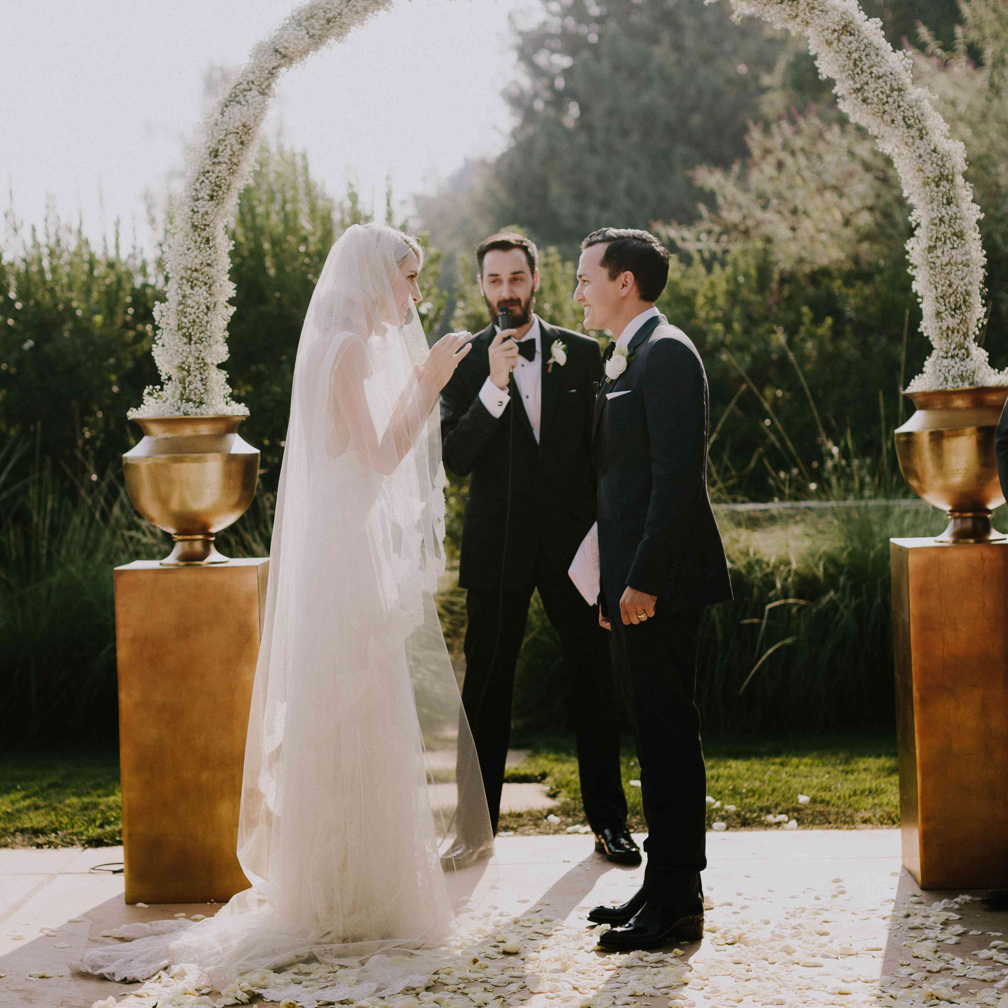 How To Perform Officiate A Wedding Ceremony