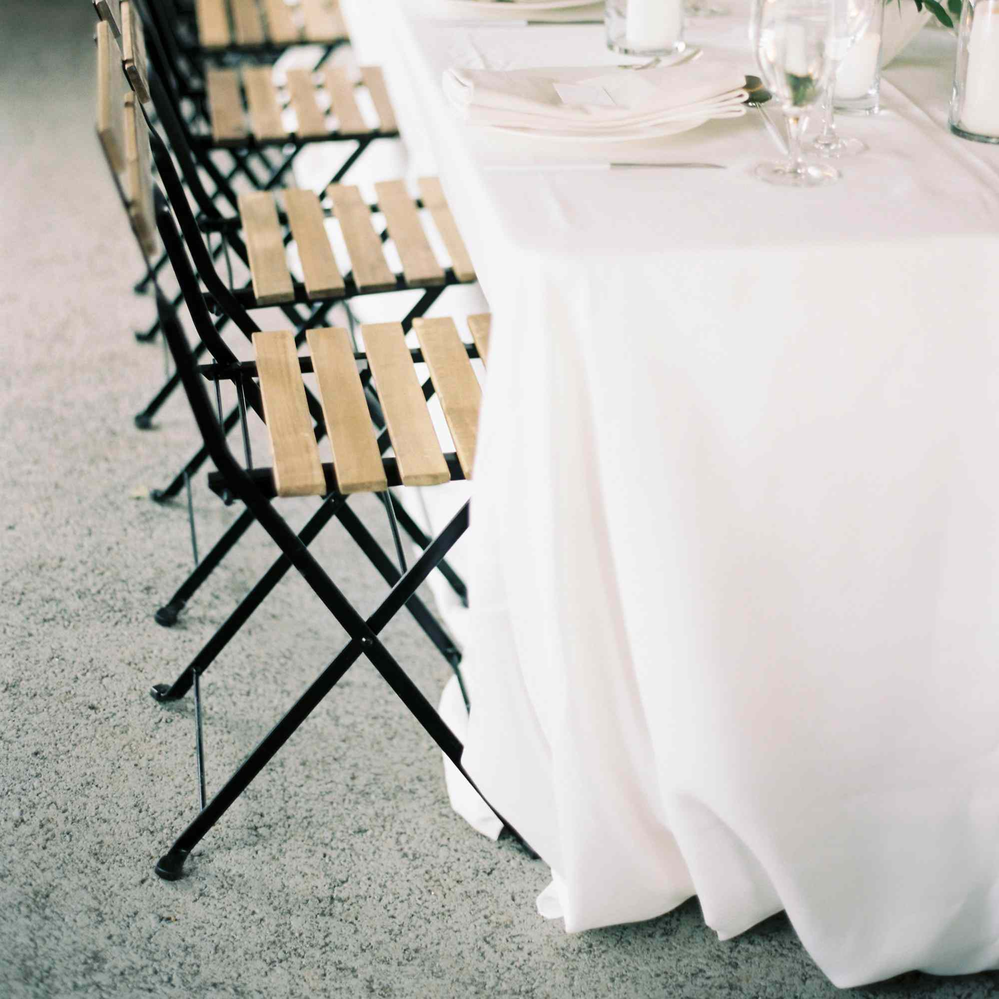 How To Use Linens To Take Your Wedding To The Next Level