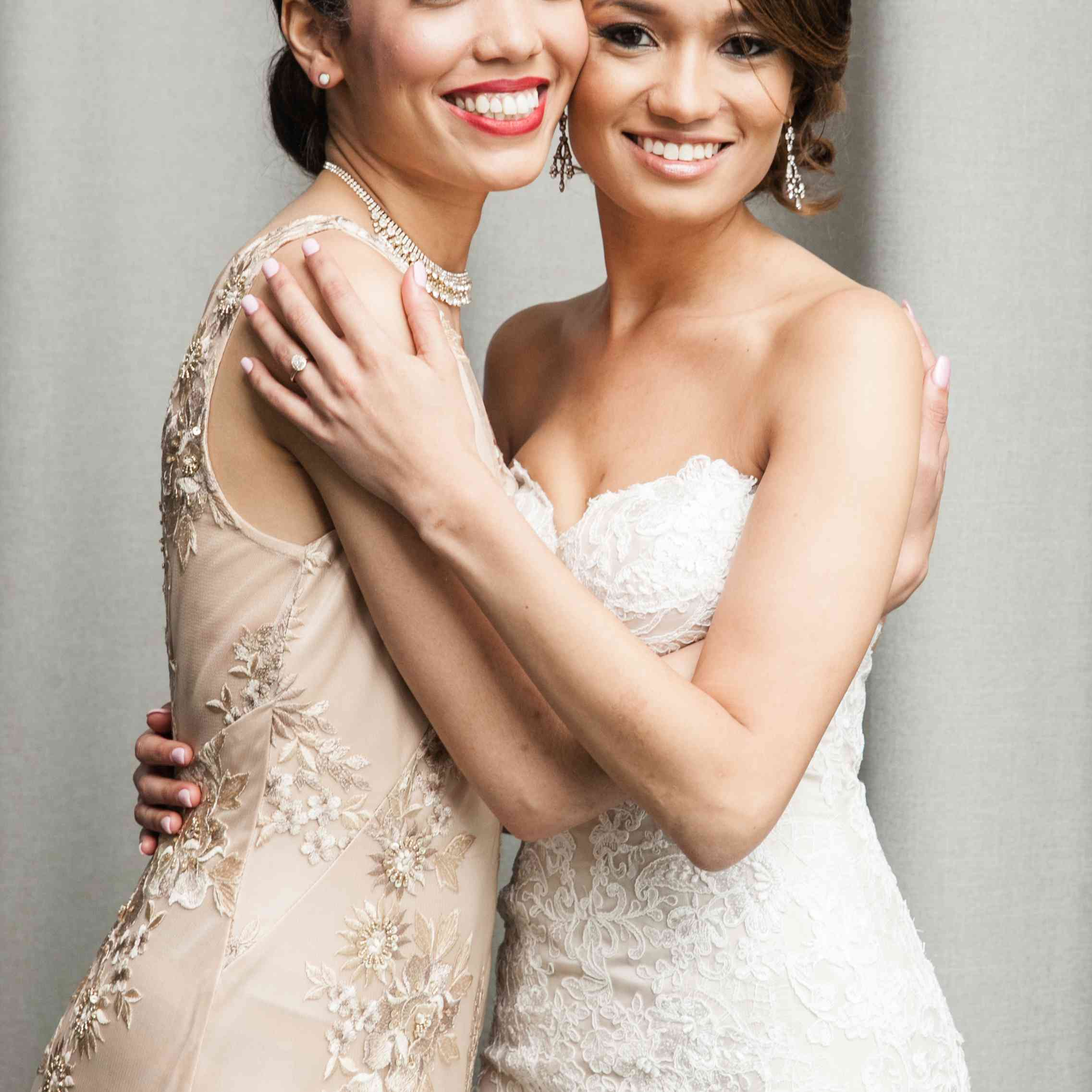 <p>Bride with Maid of Honor</p><br><br>