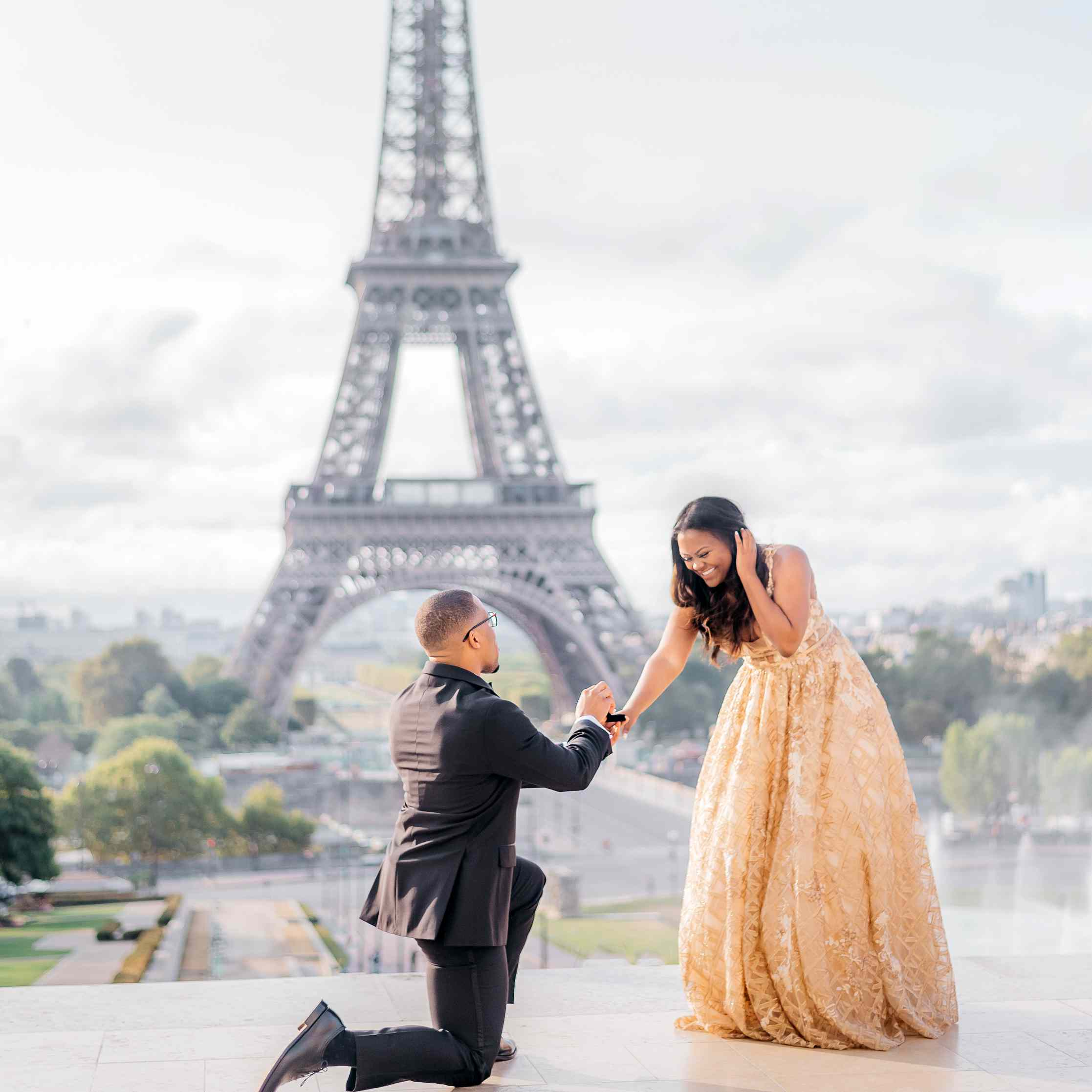Proposal Goals Alert! These 37 Proposal Photos Are Crazy-Epic