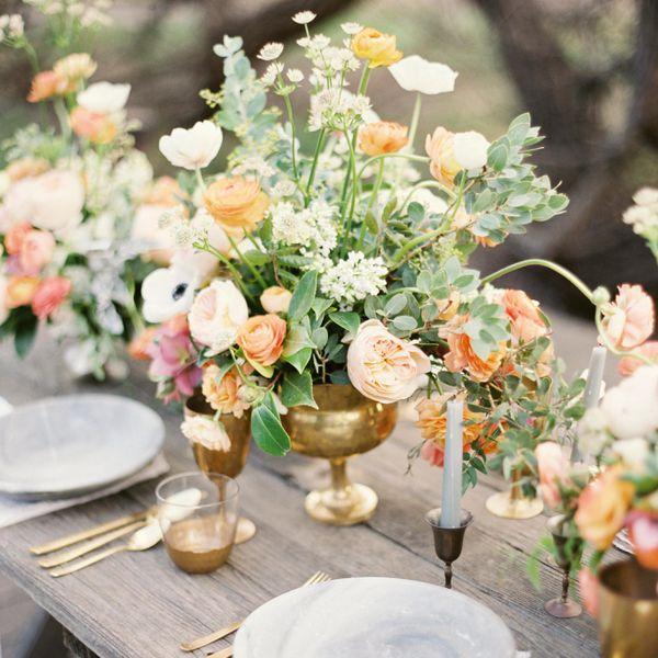 Flower Table Arrangements For Weddings: Wedding Flowers & Bouquet Ideas